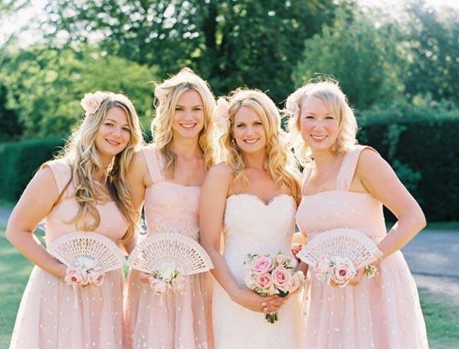 abanicos de boda para las damas de honor