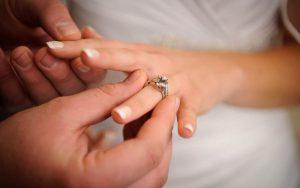 Donde va el anillo de bodas